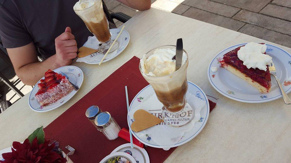 Name:  Winklstüberl Cafe   11220081_10153484950263567_1219844606769862688_n.jpg Views: 5005 Size:  98.5 KB