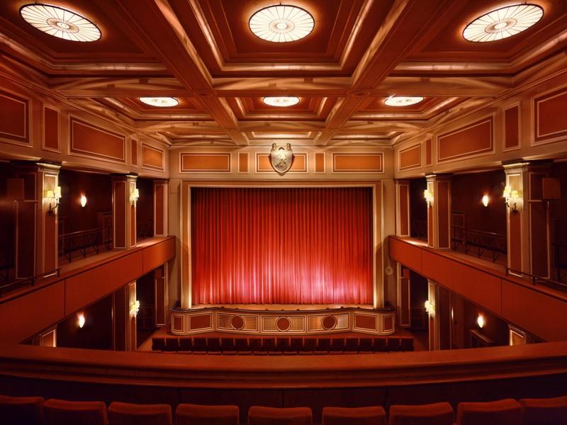 Name:  sendlinger-tor filmtheater-1.jpg Views: 4750 Size:  118.3 KB