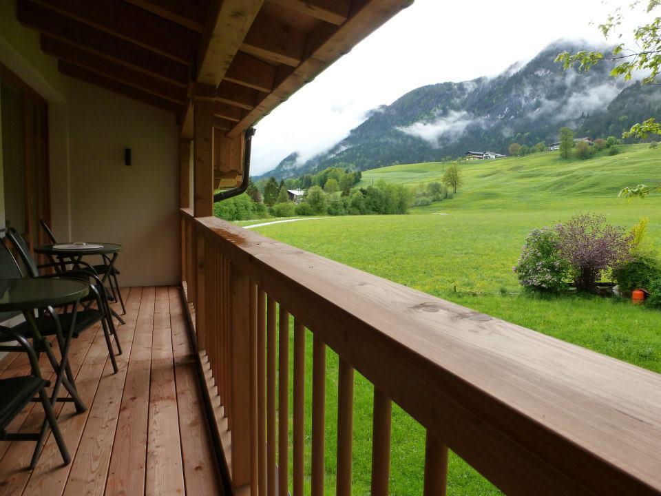 Name:  SchlossBlick Hotel near Kufstein, Austria599462_10151643354386171_1357125858_n.jpg Views: 5352 Size:  101.0 KB