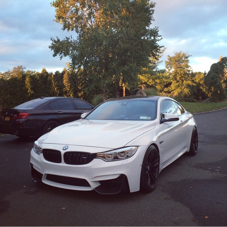 [F82/F83] Official ALPINE WHITE M4 Coupe/Convertible