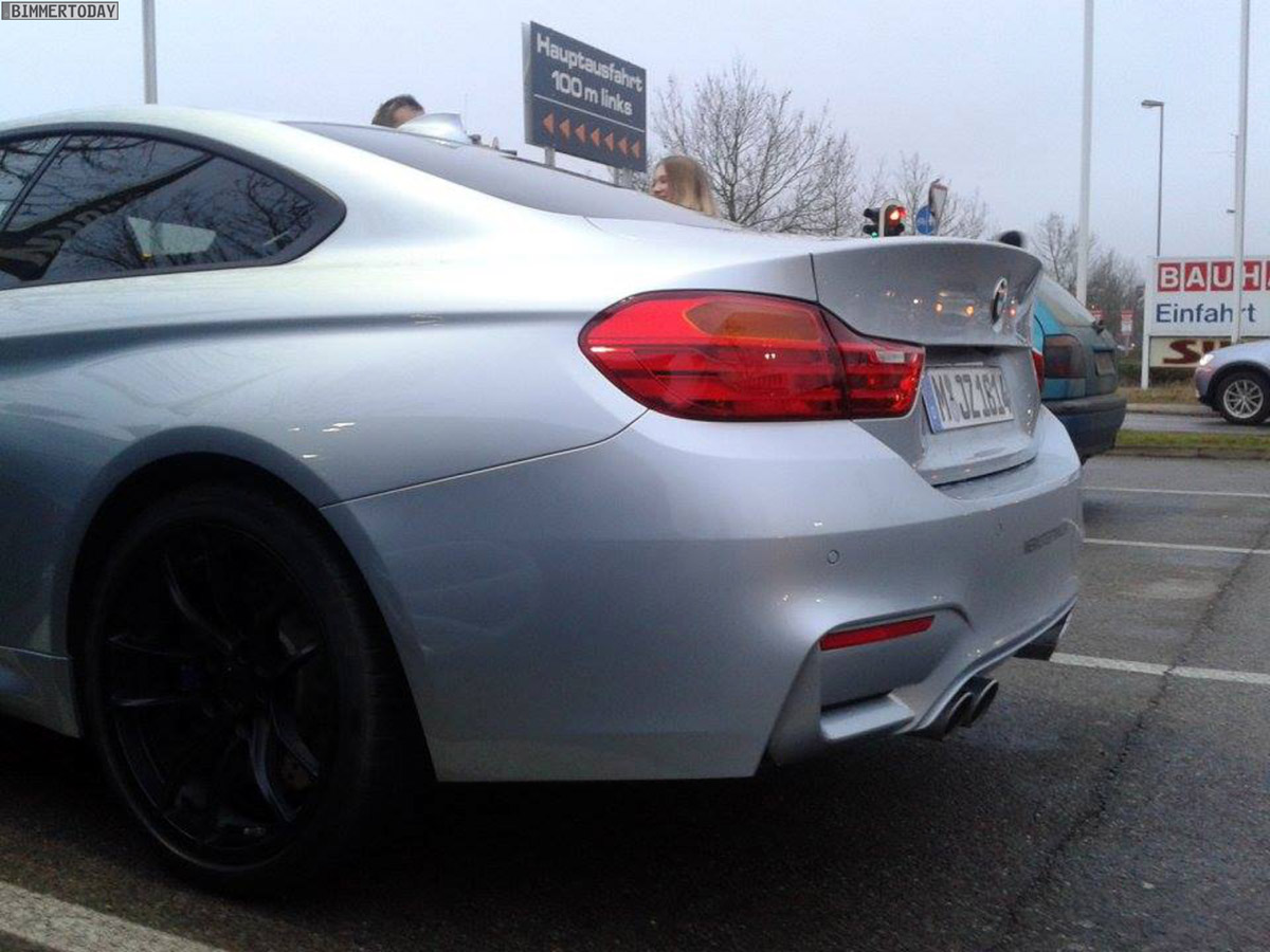 Name:  BMW-M4-Coupe-F82-LIVE-Spyshots-Silverstone-05.jpg Views: 32388 Size:  210.3 KB