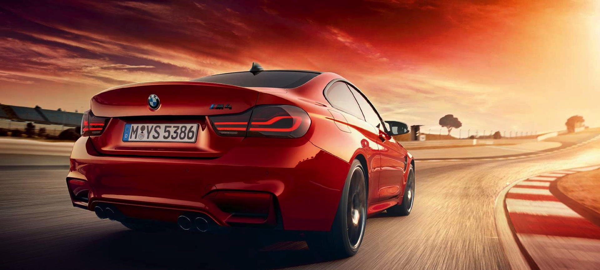 Name:  2019-BMW-M4-Facelift-Dark-Tail-Lights-2.jpg Views: 4080 Size:  384.7 KB
