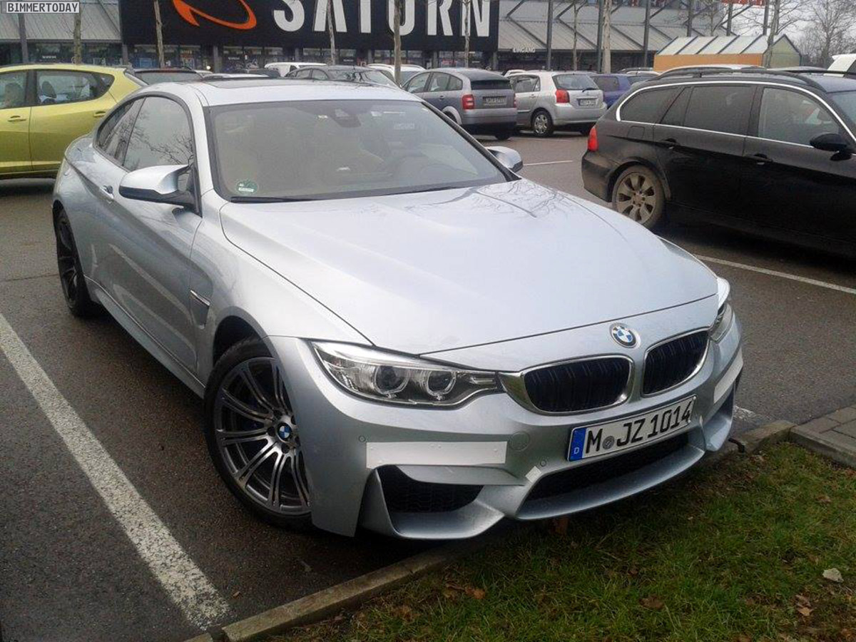 Name:  BMW-M4-Coupe-F82-LIVE-Spyshots-Silverstone-04.jpg Views: 42147 Size:  306.5 KB