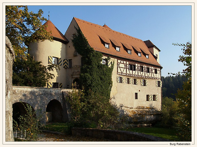 Name:  Fränkische Schweiz    burg-rabenstein-fraenkische-schweiz-ac64eef2-c77b-4d73-b557-f0eaef7e68f9.jpg Views: 502 Size:  166.3 KB