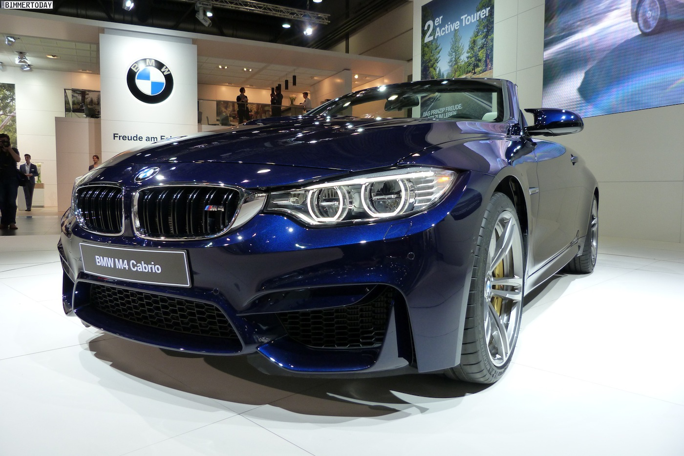 bmw m4 convertible in tanzanite blue individual. Black Bedroom Furniture Sets. Home Design Ideas