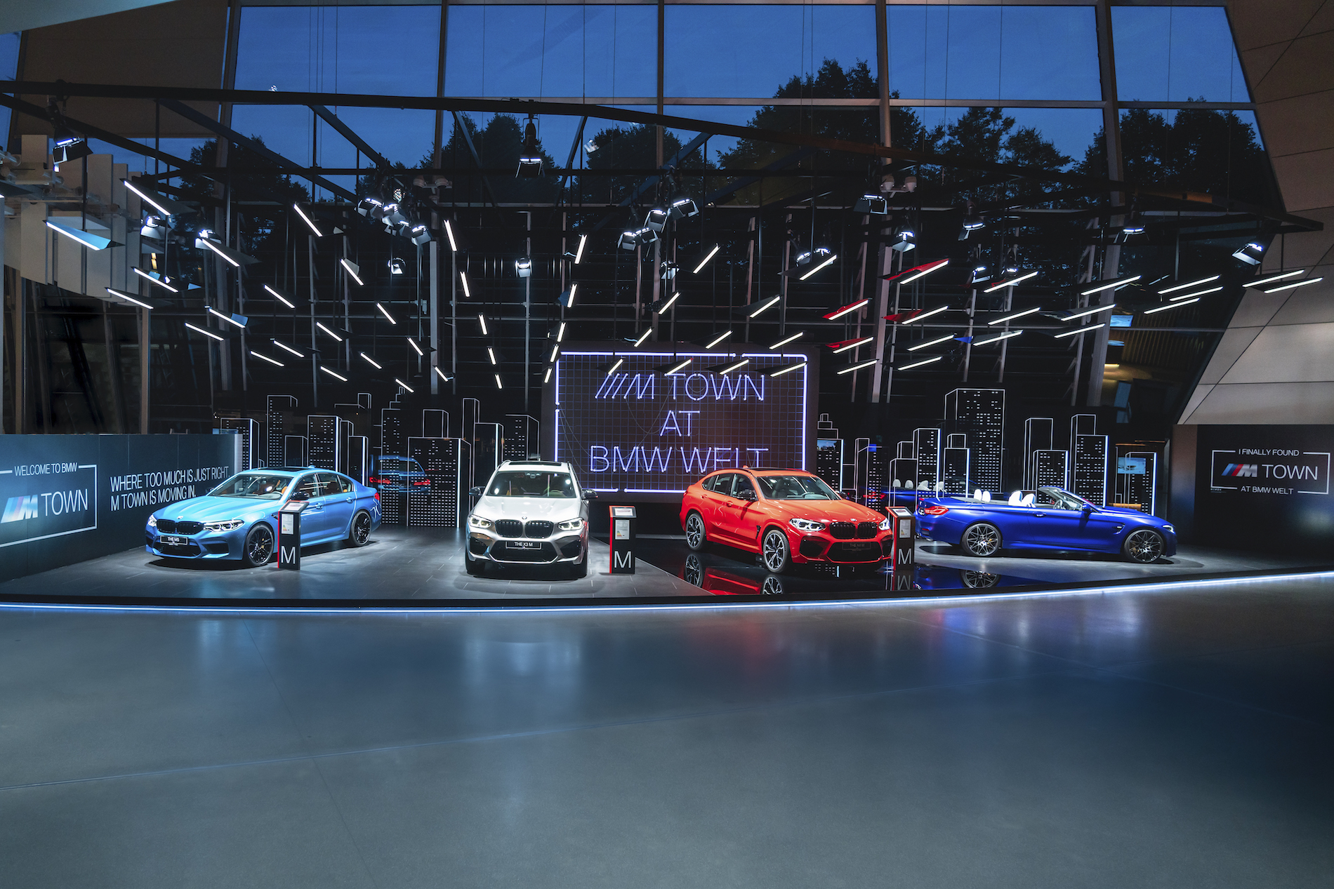 Name:  P90364059_highRes_m-town-at-bmw-welt-0.jpg Views: 4913 Size:  1.81 MB