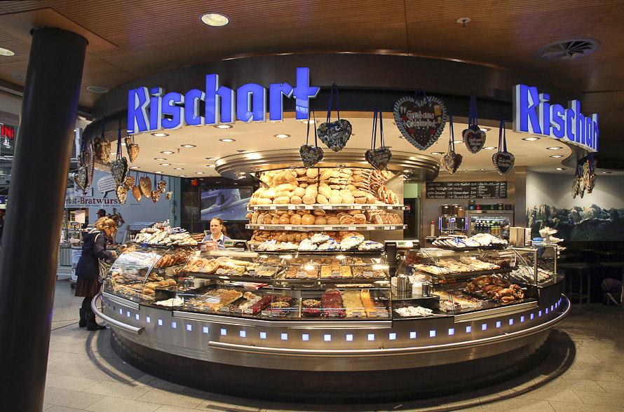 Name:  Cafe Rischart_2011.jpg Views: 5147 Size:  279.8 KB