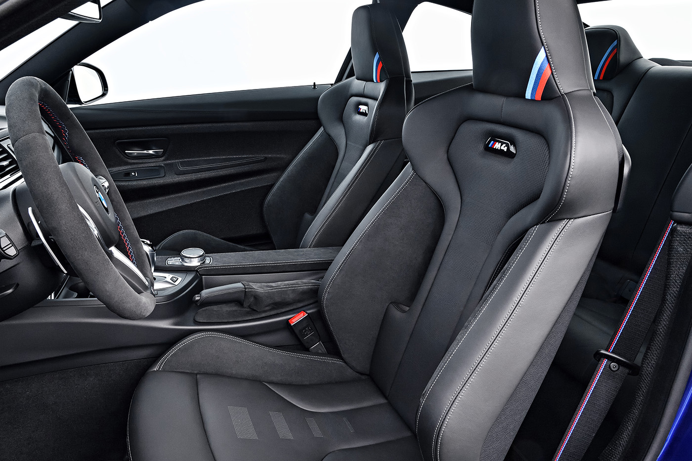 Name:  P90251064_highRes_the-new-bmw-m4-cs-04.jpg