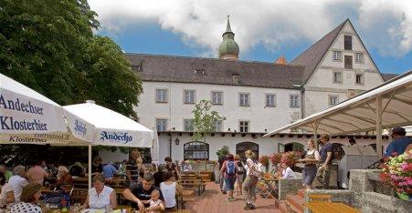 Name:  Kloster Andrechs  10_by_andechs_kloster_biergarten_roland_rossner_3_452x.jpg Views: 5052 Size:  33.9 KB