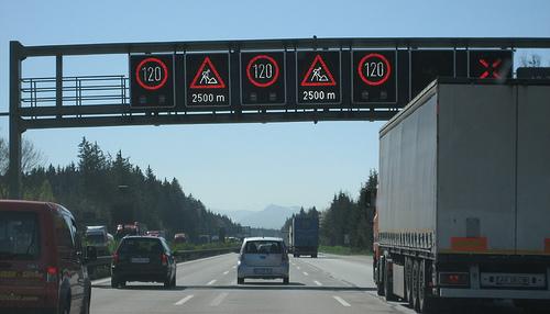 Name:  Autobahn speed signs 475193424_a46a6e061d.jpg Views: 1359 Size:  73.2 KB