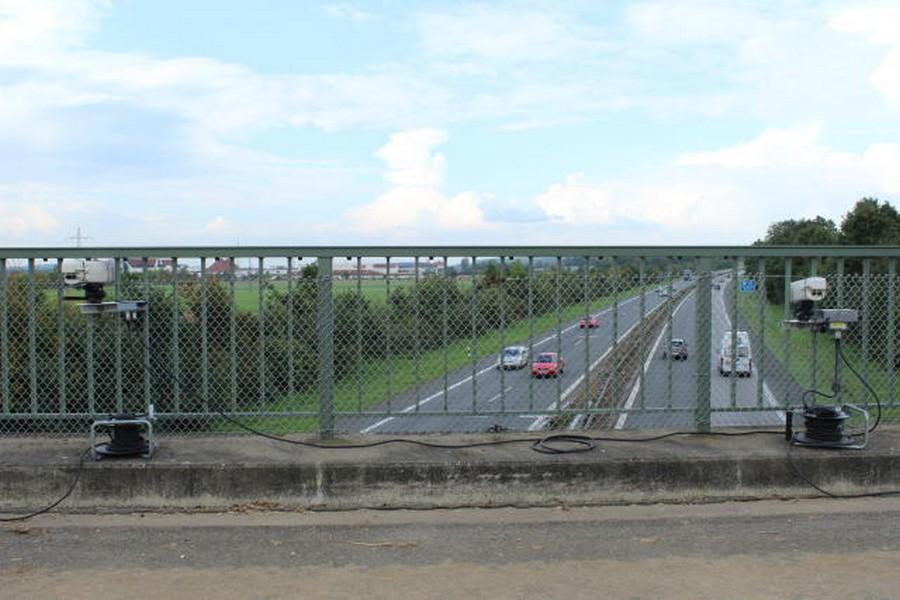 Name:  Blitzer BA A73 direction Nurnberg Hirschaid Bridge_9.jpg Views: 1449 Size:  111.1 KB