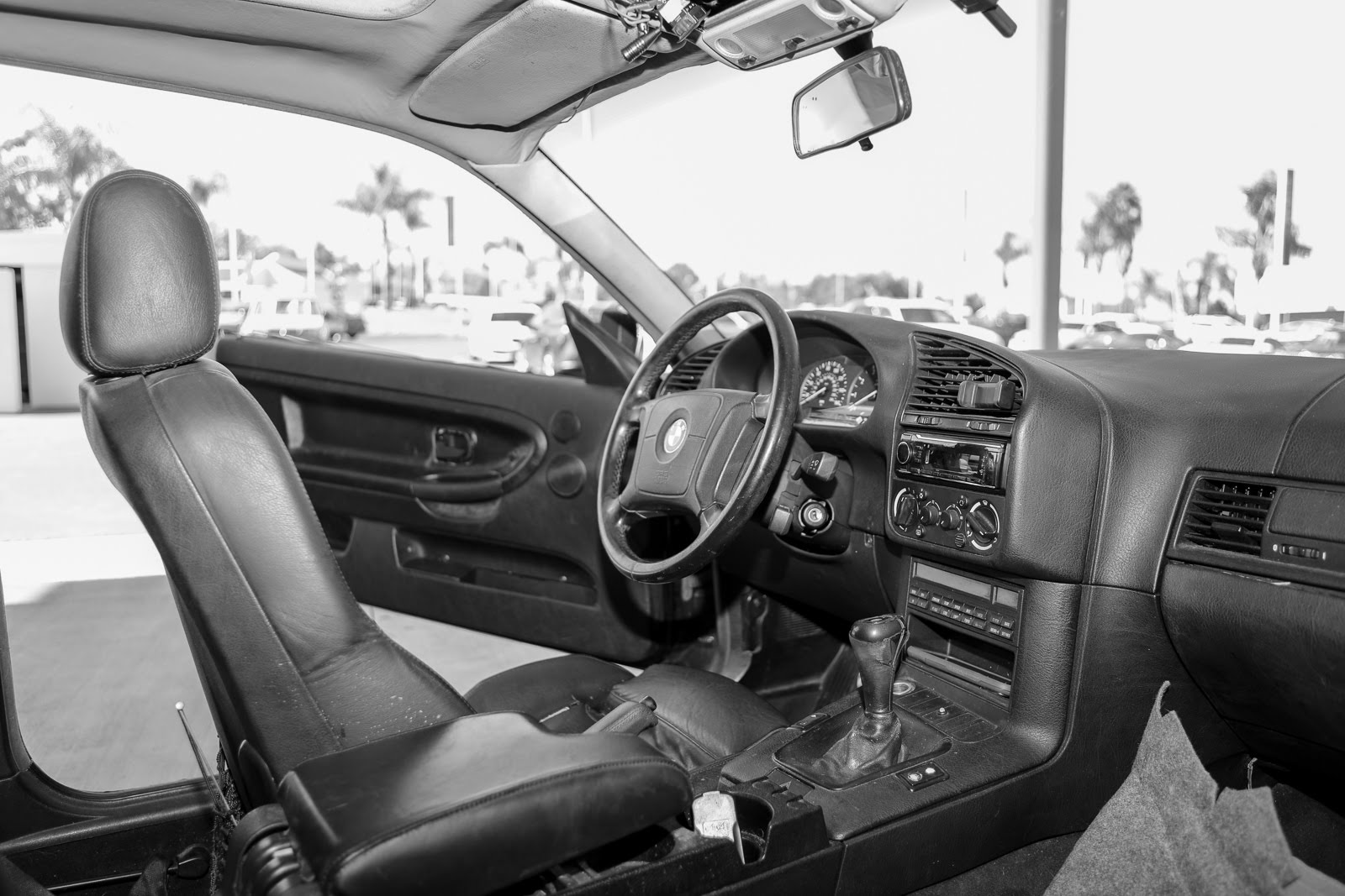Name:  Car_Inside.jpg Views: 248 Size:  261.9 KB