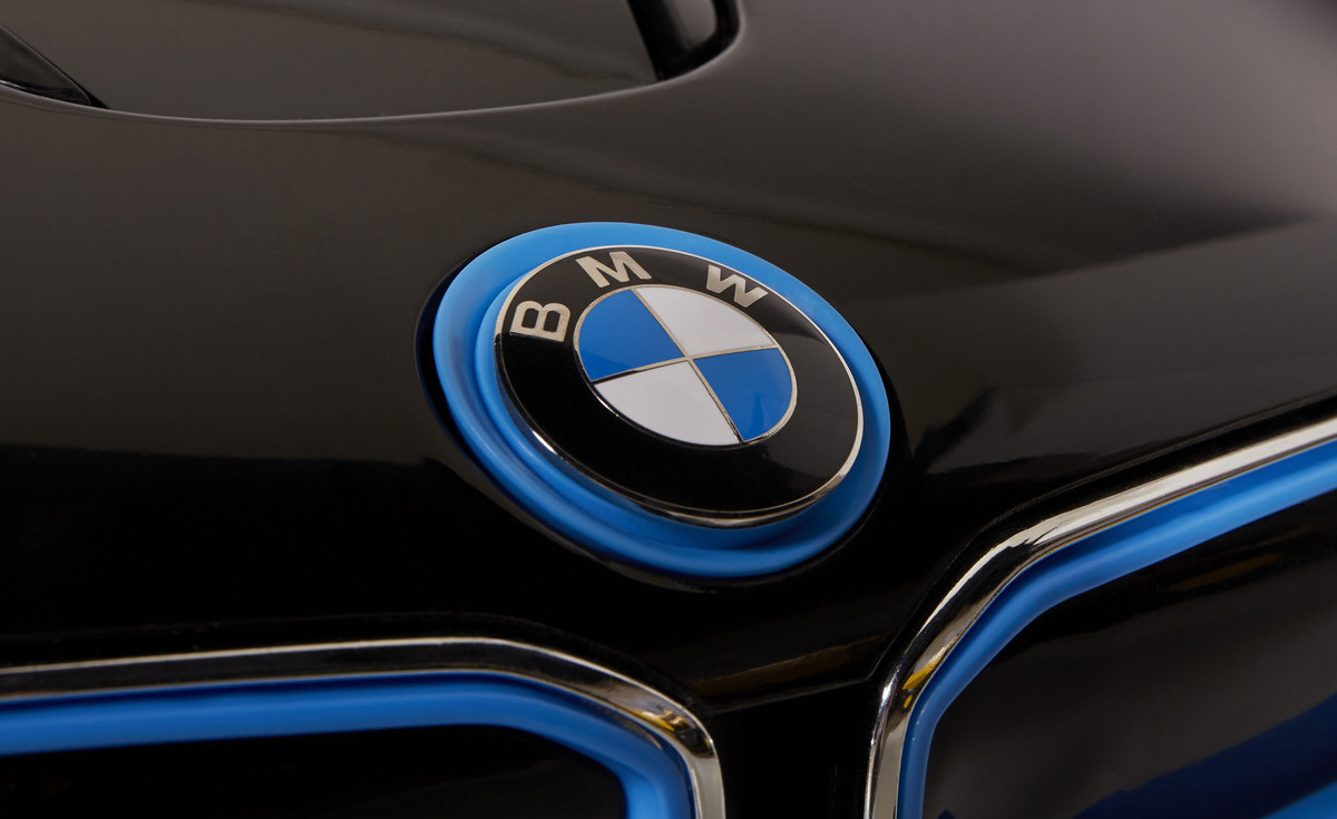 Name:  8802-61-6V-BMW-i8_03.jpg