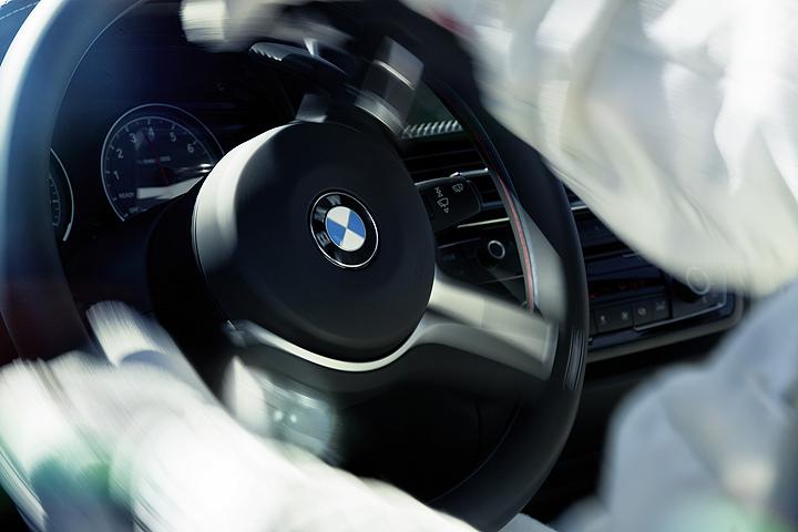 Name:  m3-m4-steering6.jpg Views: 27585 Size:  251.1 KB