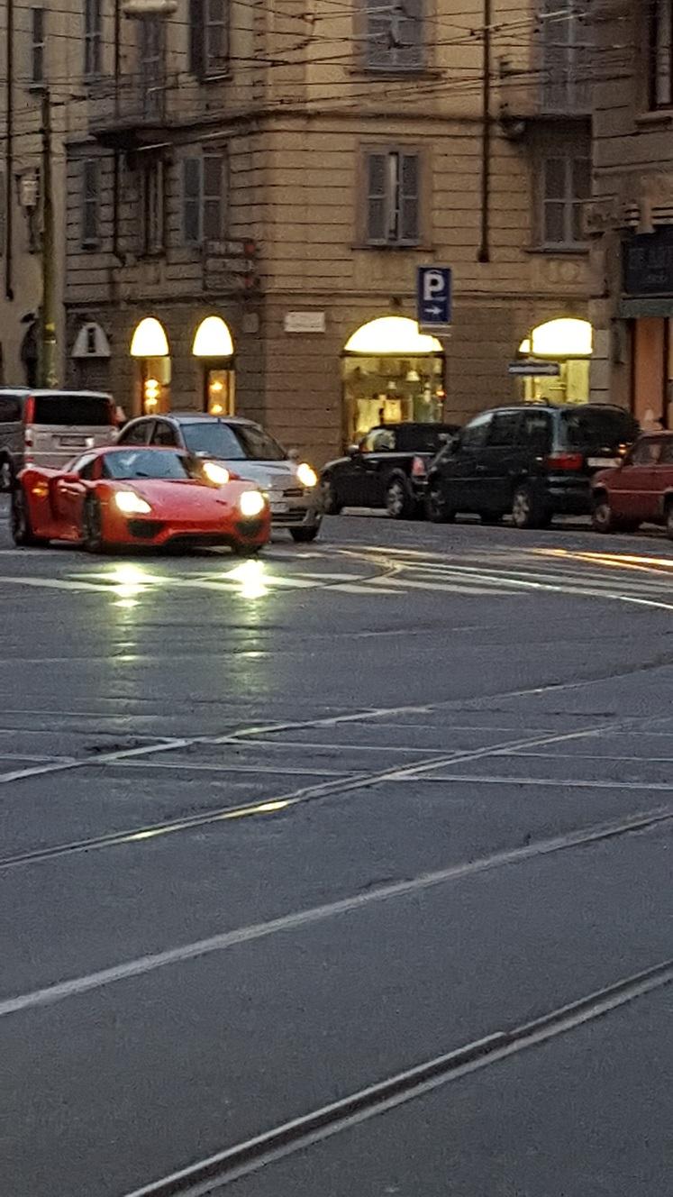 Name:  Porsche 2.jpg Views: 11491 Size:  342.0 KB