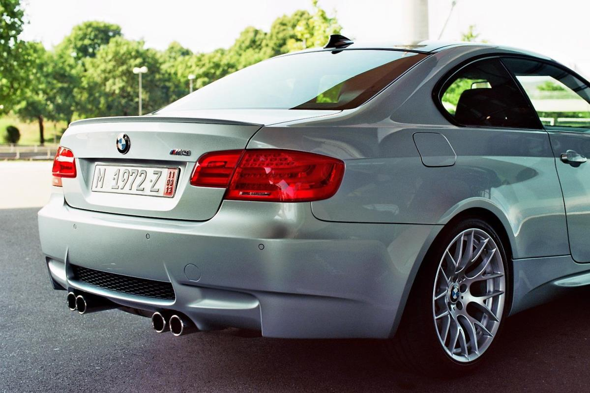 Name:  Ma voiture devant le Welt prête pour le voyage 3.JPG Views: 2733 Size:  125.9 KB