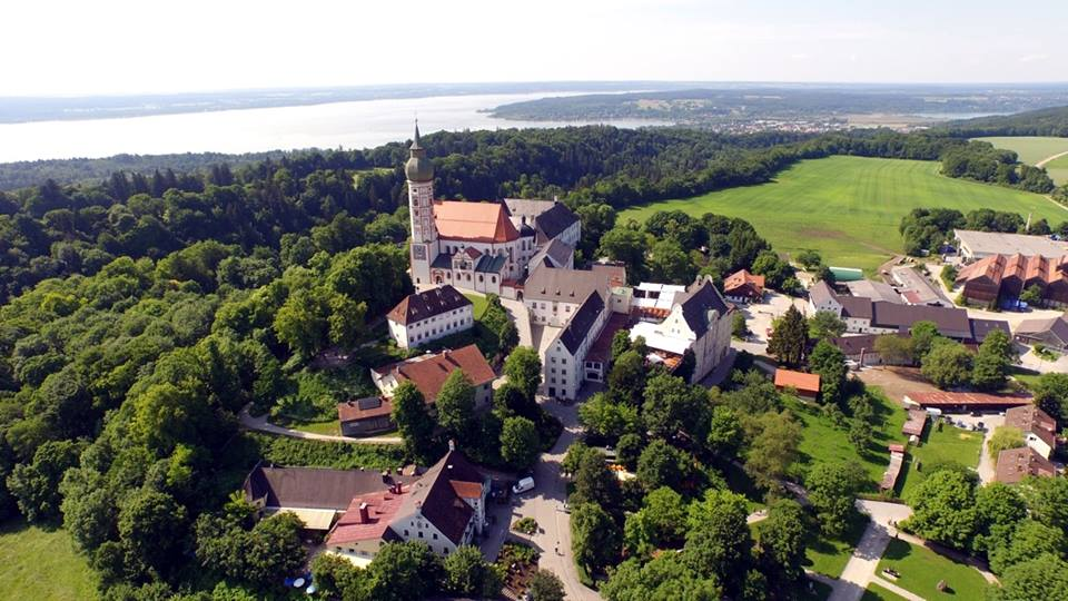 Name:  Kloster Andrechs11406952_10153334956172383_5282984285131791715_n.jpg Views: 4541 Size:  101.7 KB