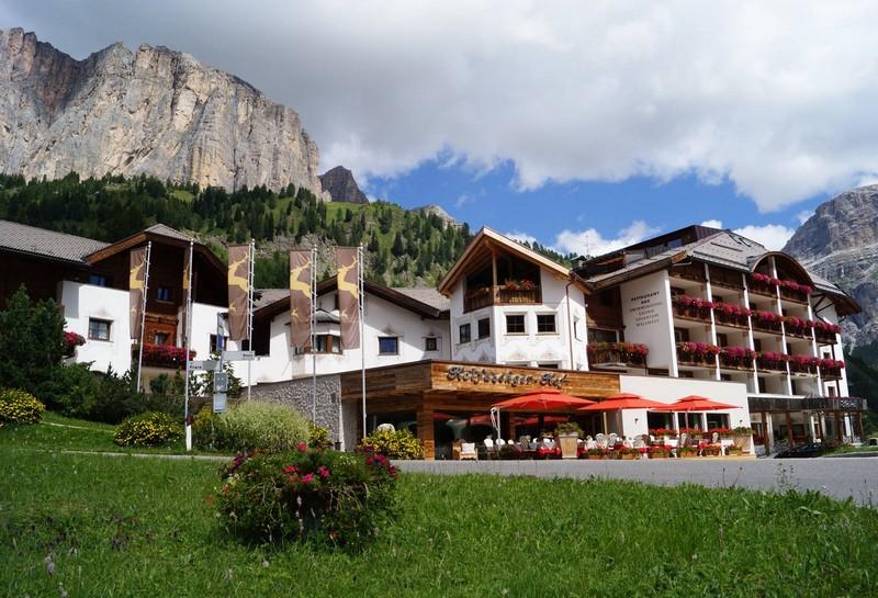 Name:  Sella  Hotel Kolfuschgerhof     10499343_704382849598048_534667051736844303_o.jpg Views: 4690 Size:  155.6 KB