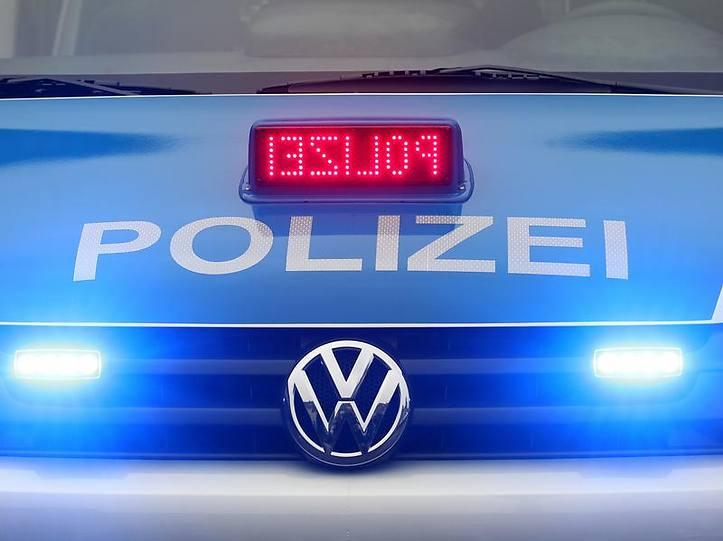 Name:  polizei blaulicht.jpg Views: 5094 Size:  37.3 KB