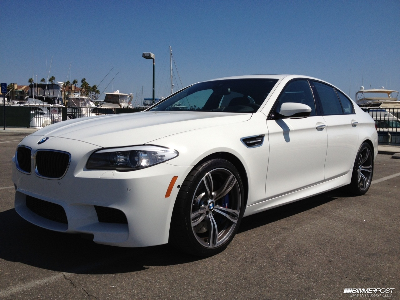Pics For Gt Bmw M5 White With Black Rims 2013
