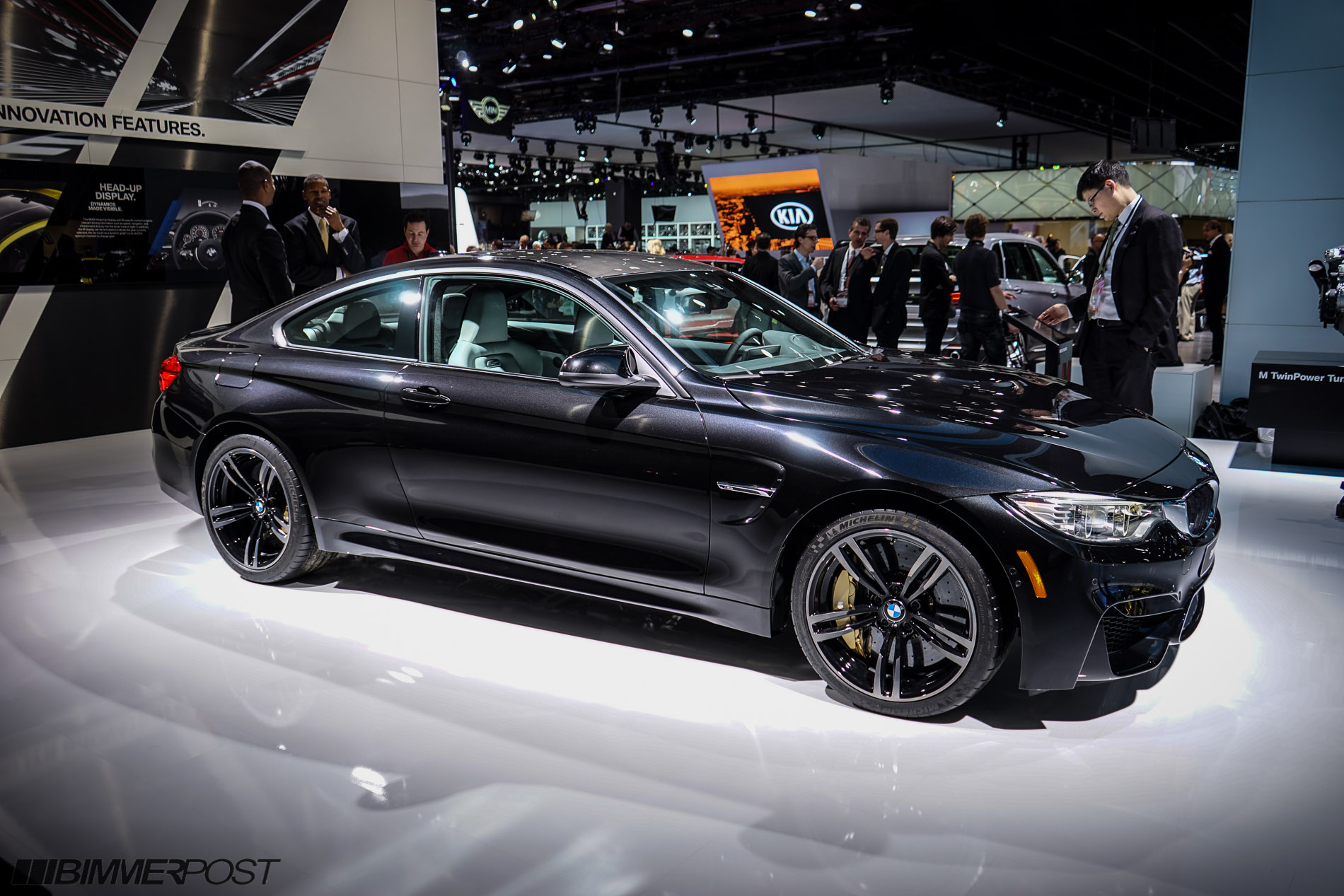 detroit 2014 bmw m4 f82 in black sapphire and austin. Black Bedroom Furniture Sets. Home Design Ideas