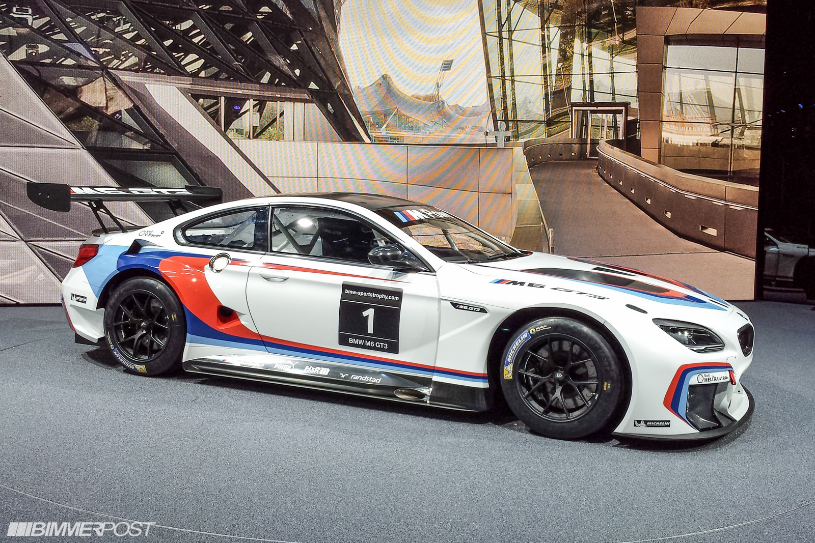 presenting the bmw m6 gt3 updated w live pics and video. Black Bedroom Furniture Sets. Home Design Ideas