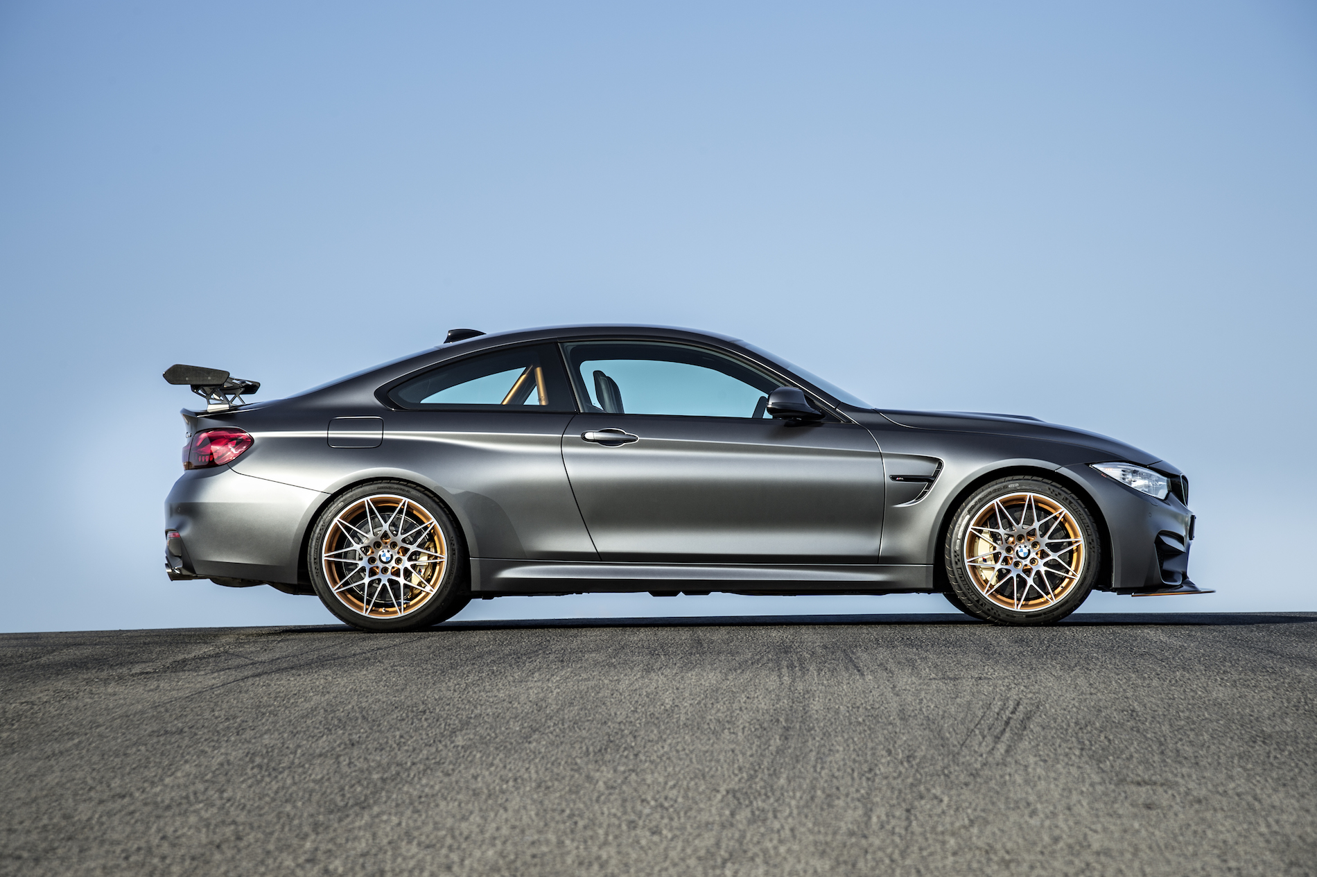 introducing the 2016 bmw m4 gts with 500 hp and 7 28. Black Bedroom Furniture Sets. Home Design Ideas