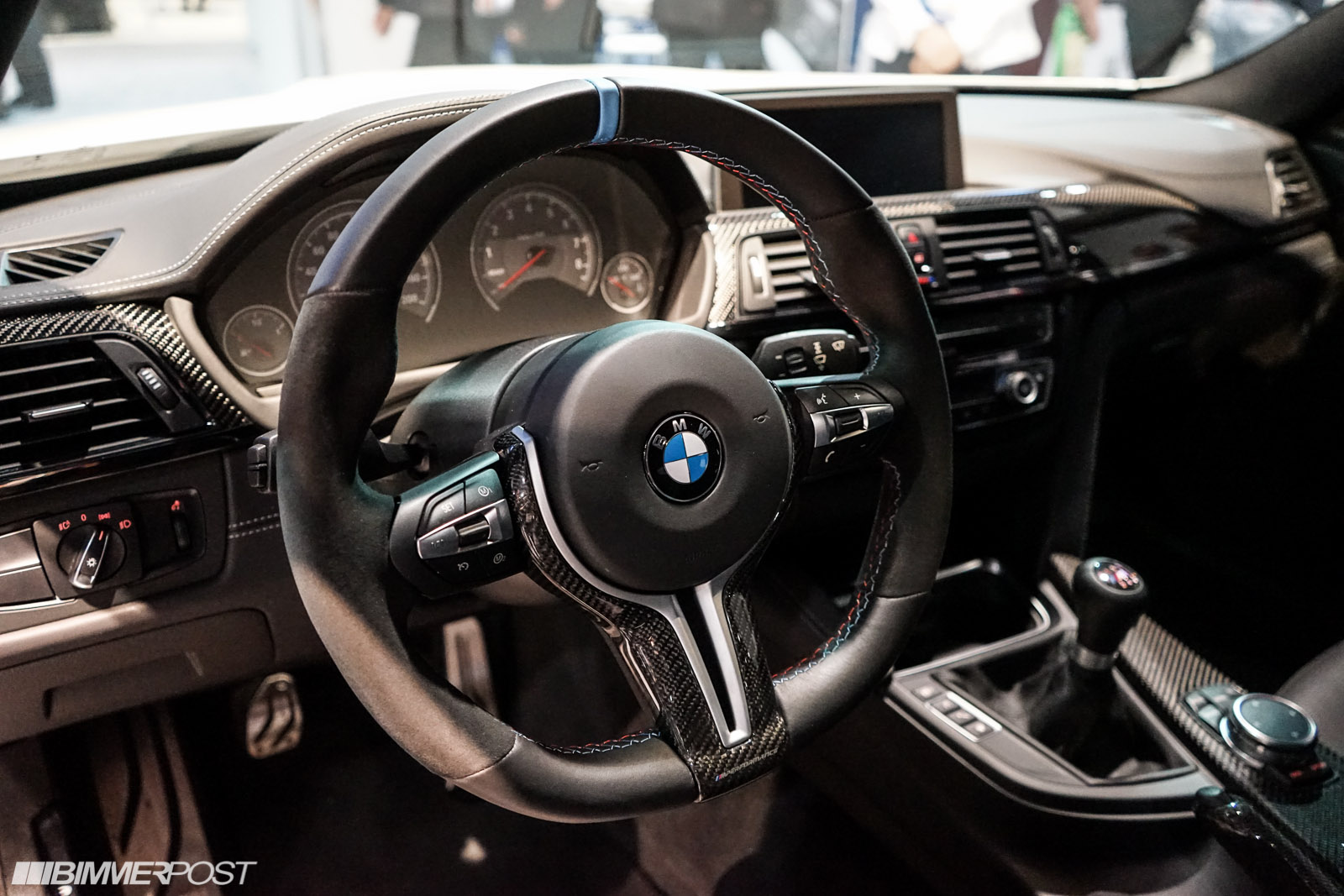 Bmw flat bottom steering wheel