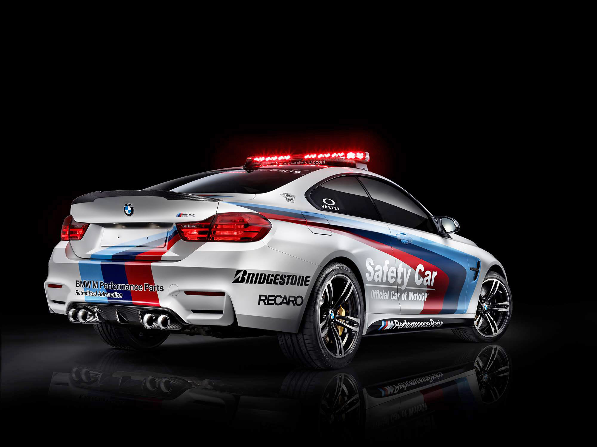 BMW M4 MotoGP Safety Car Unveiled, Previewing M4 M